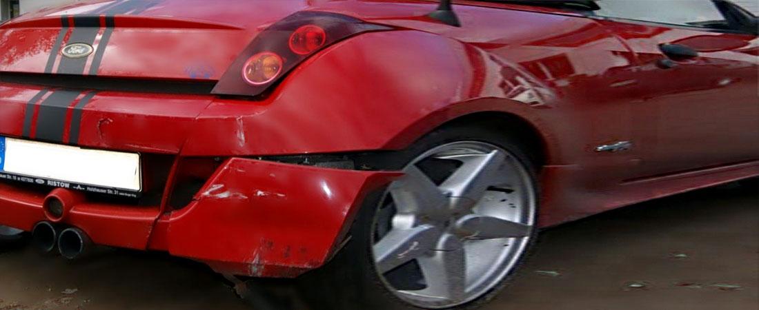 Unfallwagen Ford